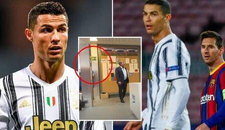 O balneário do Barcelona tem afixada uma manchete de jornal relativa a Cristiano Ronaldo, para Messi e os restantes colegas lerem