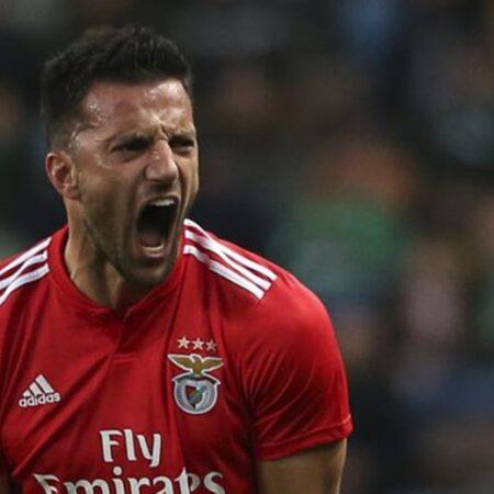 Andreas Samaris rescindiu com o Benfica
